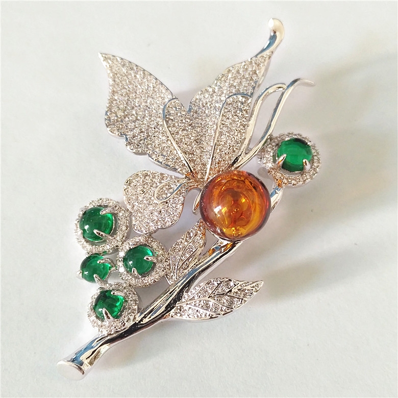 Gem leaf essential oil, perfume, micro zircons, Brooch Necklace Pendant, all match, luxury fashion accessories.