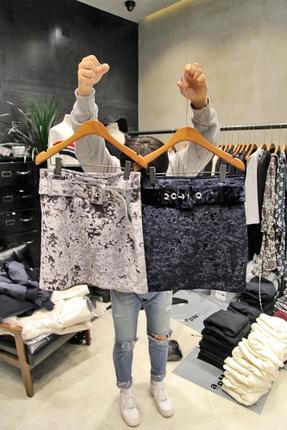 现货韩国东大门2017秋冬新款女装ace boon时尚腰带丝绒短裙半身裙