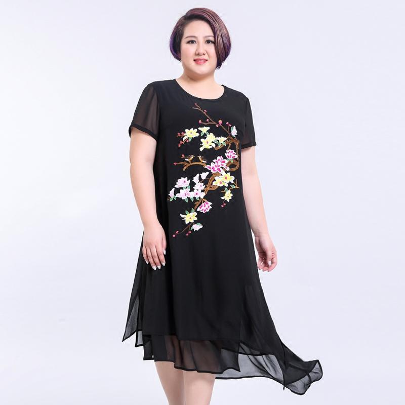 胖胖橱窗2017夏季新款大码女装雪纺绣花圆领短袖胖mm中长款连衣裙