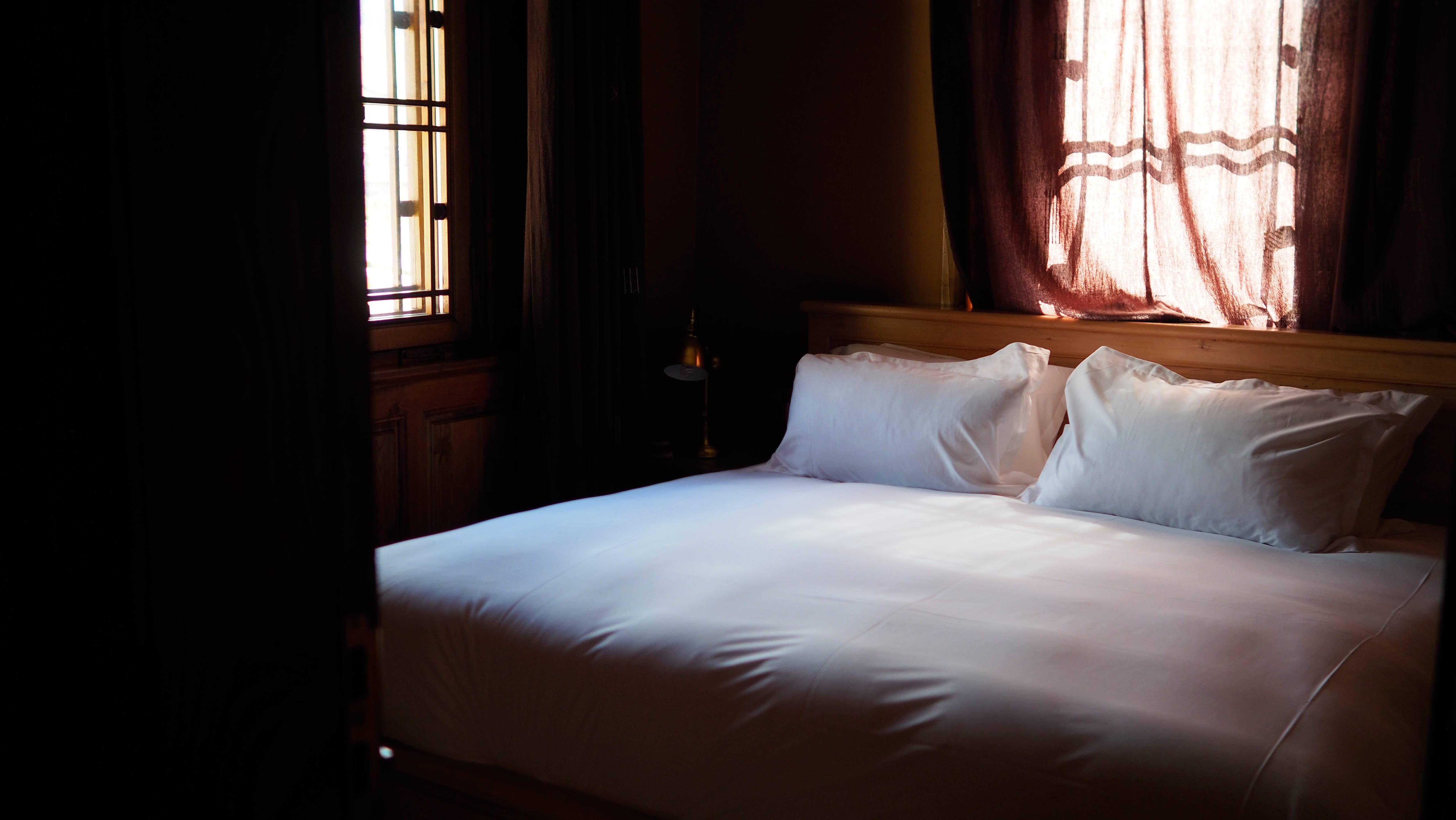 拉萨松赞曲吉林卡酒店弥散式供氧豪华套花园景观房