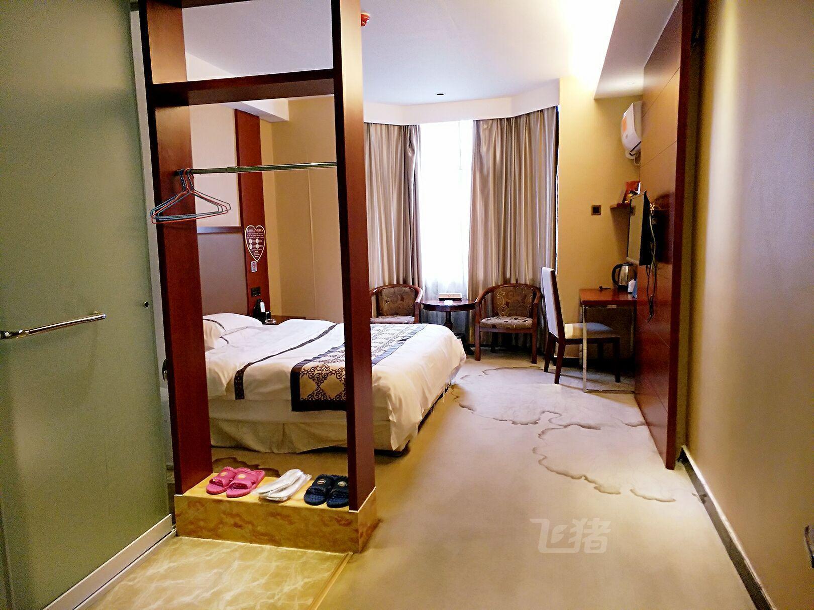 新田荣星时尚酒店标准单人间