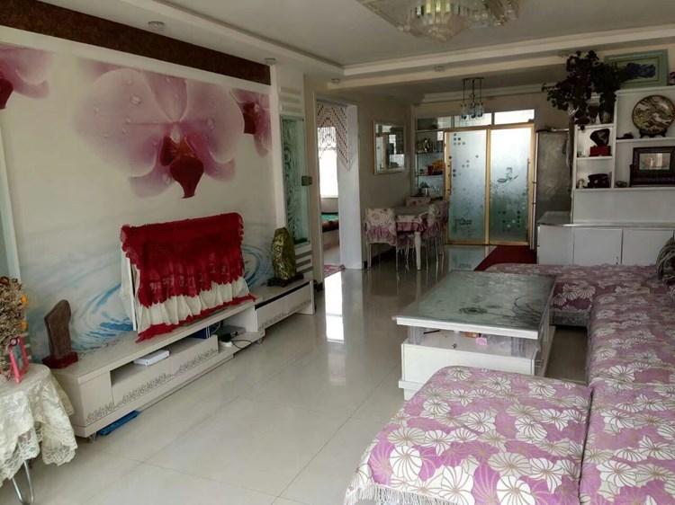 海北藏族自治州县新城区中心舒适三房