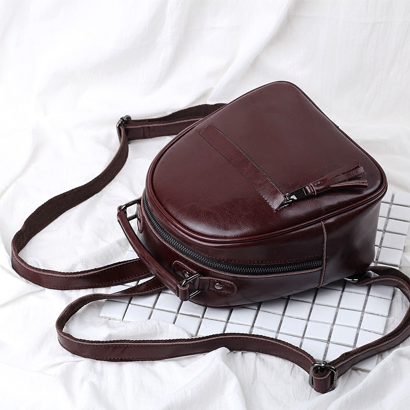 Leather Backpack womens 2020 new Korean version simple and versatile fashion cow leather bag retro leisure Womens small backpack