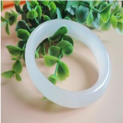 Natural jade ice white agate lady Bracelet oval jewelry classic chalcedony bracelet gift decoration.