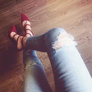 2020秋季新款歐美絨面尖頭淺口紅色高跟鞋女性感細跟一字扣帶單鞋