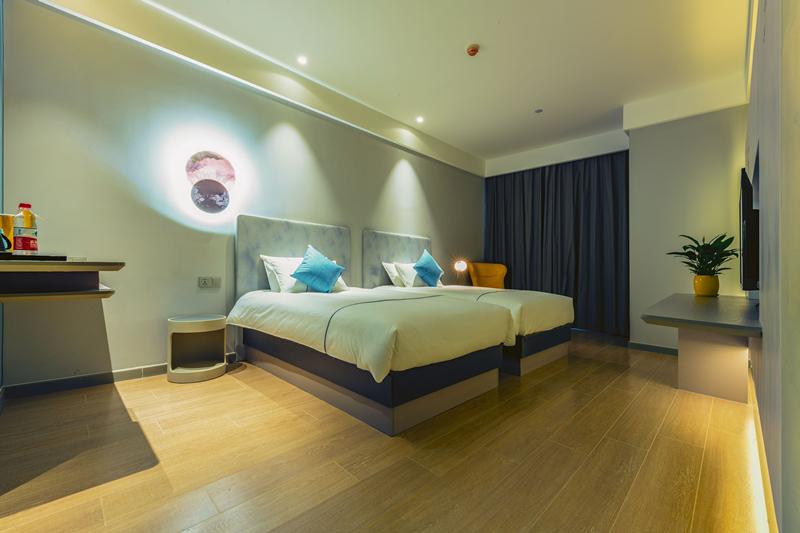 白玉兰酒店(西宁力盟商业步行街店)玉舒双床房