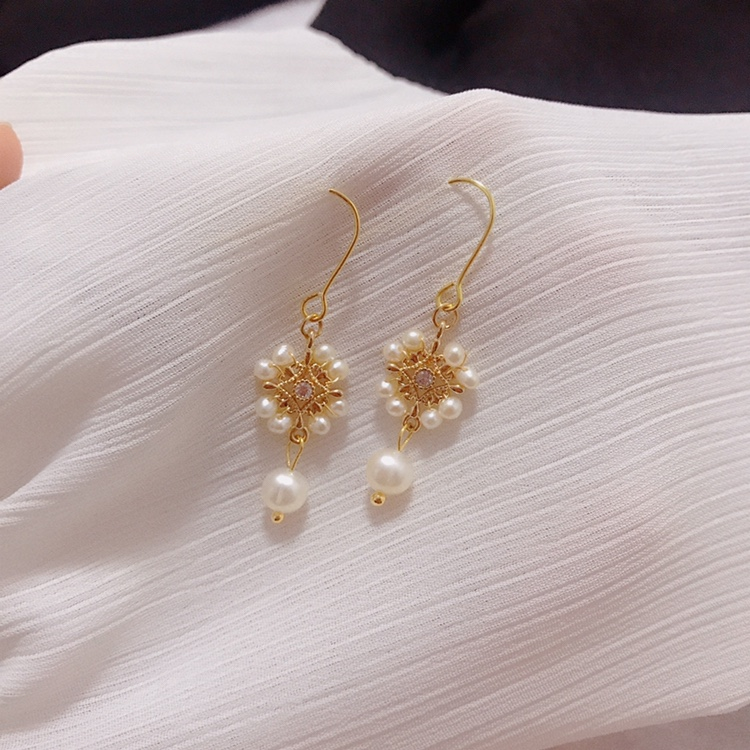 Damask hand made small fresh lace flower fresh water Pearl 14K Gold wound Earrings French retro zircon