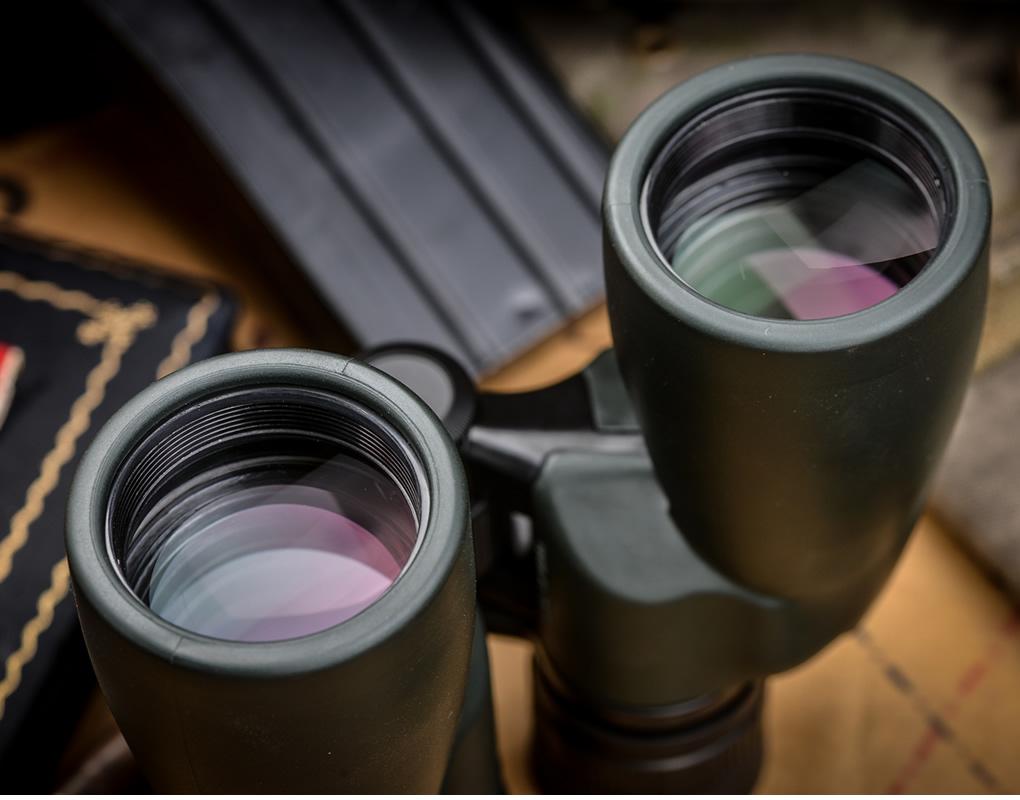 双筒望远镜8X42高倍高清便携防水微光夜视眼镜手机拍照演唱会旅游