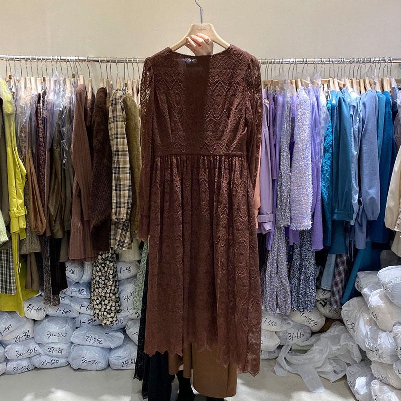 东大门韩国2020秋新款宽松显瘦连衣裙纯色中长款V领喇叭袖蕾丝裙