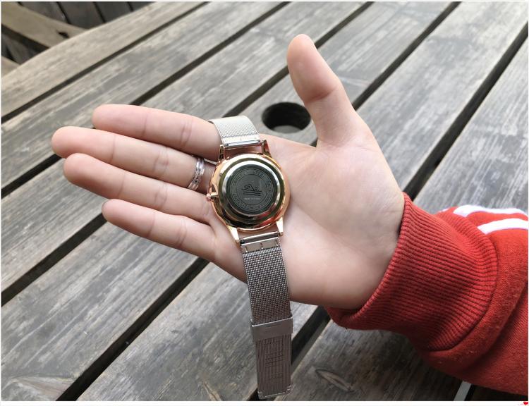 超薄手表防水男时尚女新款学生韩版简约休闲潮流钢带时装情侣文艺