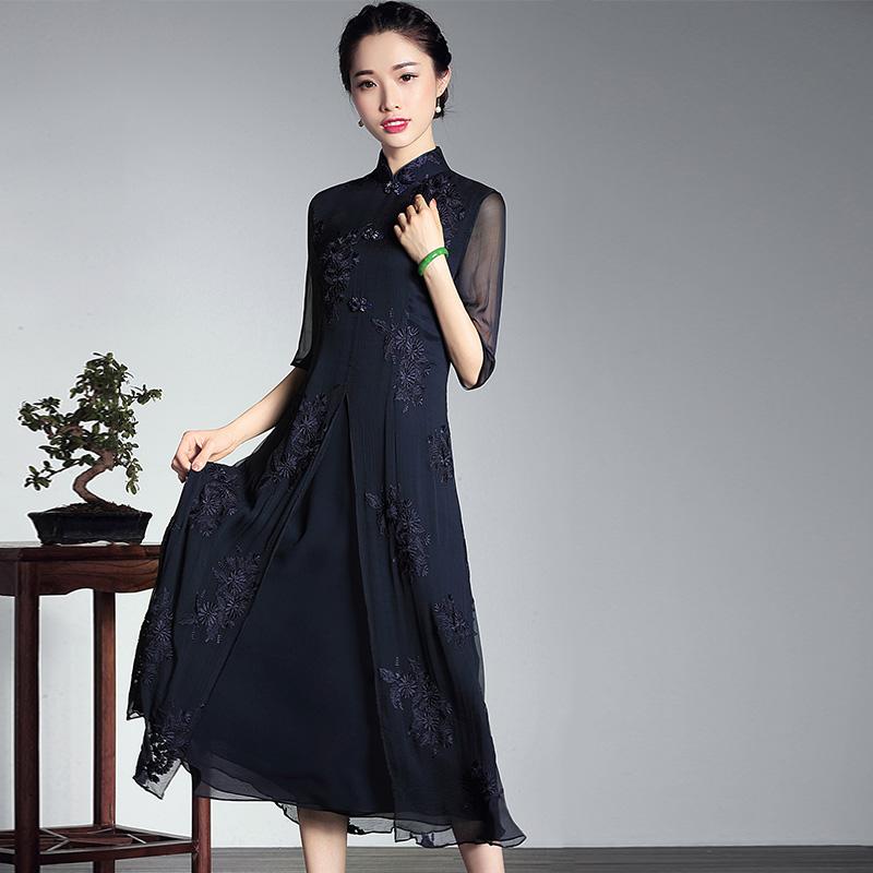 春夏中式中长款旗袍真丝连衣裙 新款复古刺绣文艺改良立领女裙子