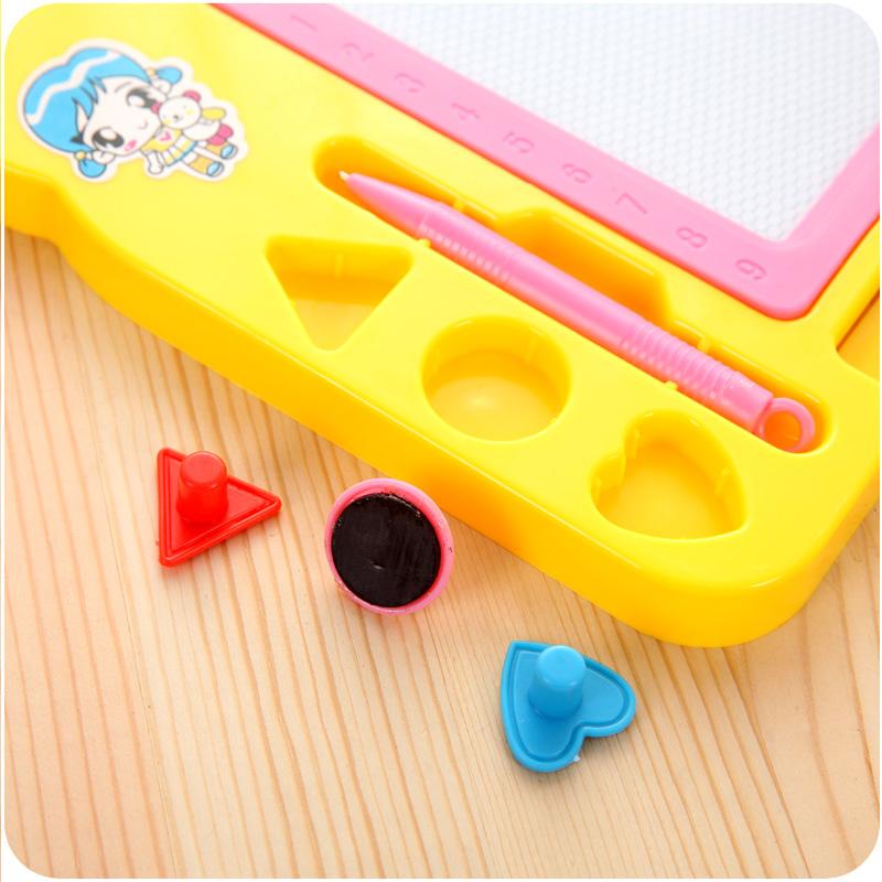 磁性画画板宝宝儿童5-6岁涂鸦板套装男孩女孩益智写字板磁铁画板