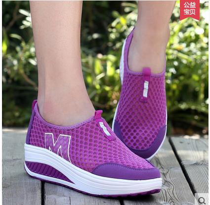 依思舞新品女款透气跑步鞋夏季网面运动休闲鞋女士松糕跟摇摇鞋