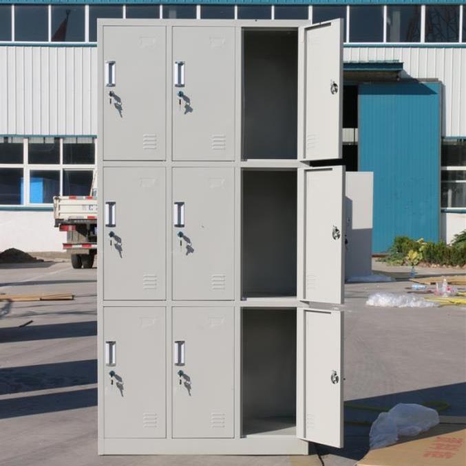 乌鲁木齐员工更衣柜试衣间杂物柜铁储物柜带锁柜游泳柜挂衣换鞋柜