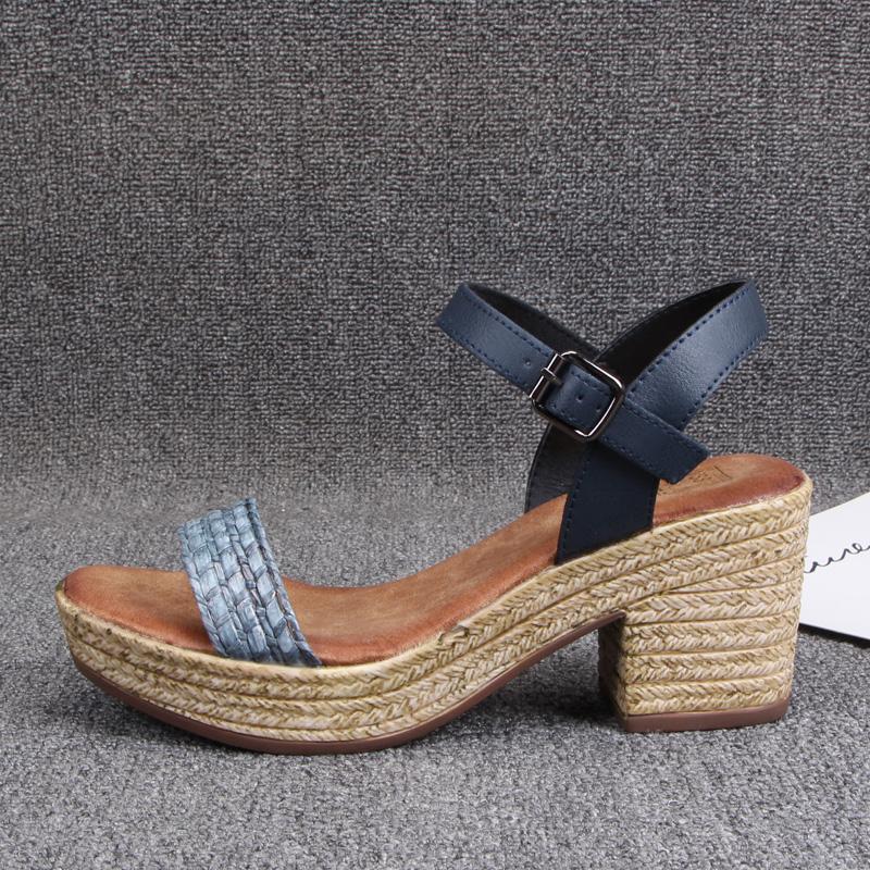 一字型编织中空防水台粗跟凉鞋外贸新款轻巧百搭时尚高跟鞋女鞋凉