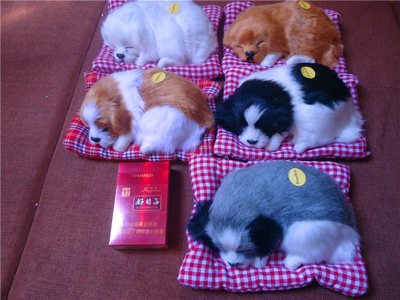 会叫仿真小睡狗模型狗摆件礼品布垫小睡狗皮毛玩具家居场景软装饰