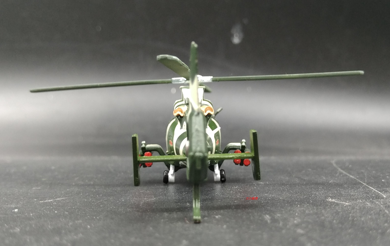 1:100 中国 武直九 直9  Z9 武装直升机 合金飞机模型 仿真收藏