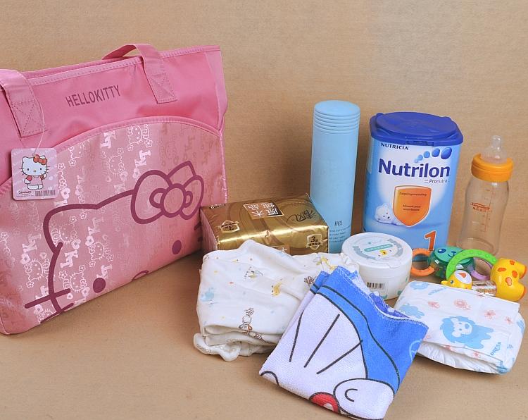 包邮卡通可爱妈咪包单肩斜跨包待产母婴包手提包外出大容量旅行包