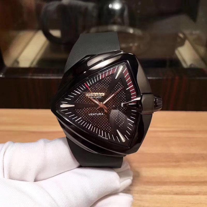 H24615331 三角形手表时尚个姓运动全自动机械硅胶防水男士表同款