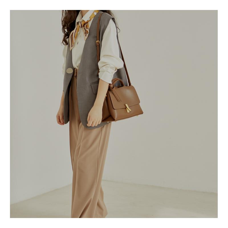 新款真皮女包手提包女气质女神斜挎 2020 小众设计包包 CHICWIND