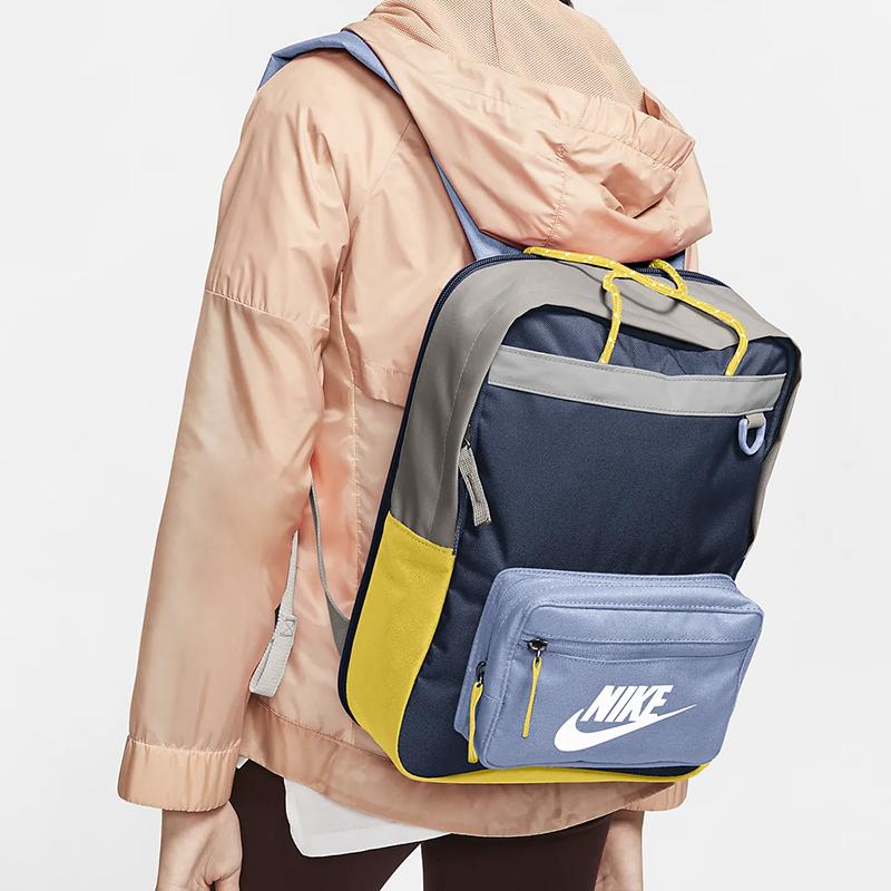 耐克大童书包可爱迷你可扩容户外休闲运动提包双肩小背包BA5927【图3】