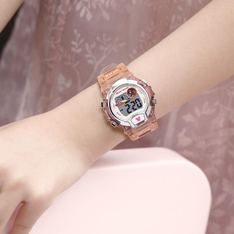 迪士尼儿童手表男女孩中小学生可爱运动防水夜光数字果冻电子手表