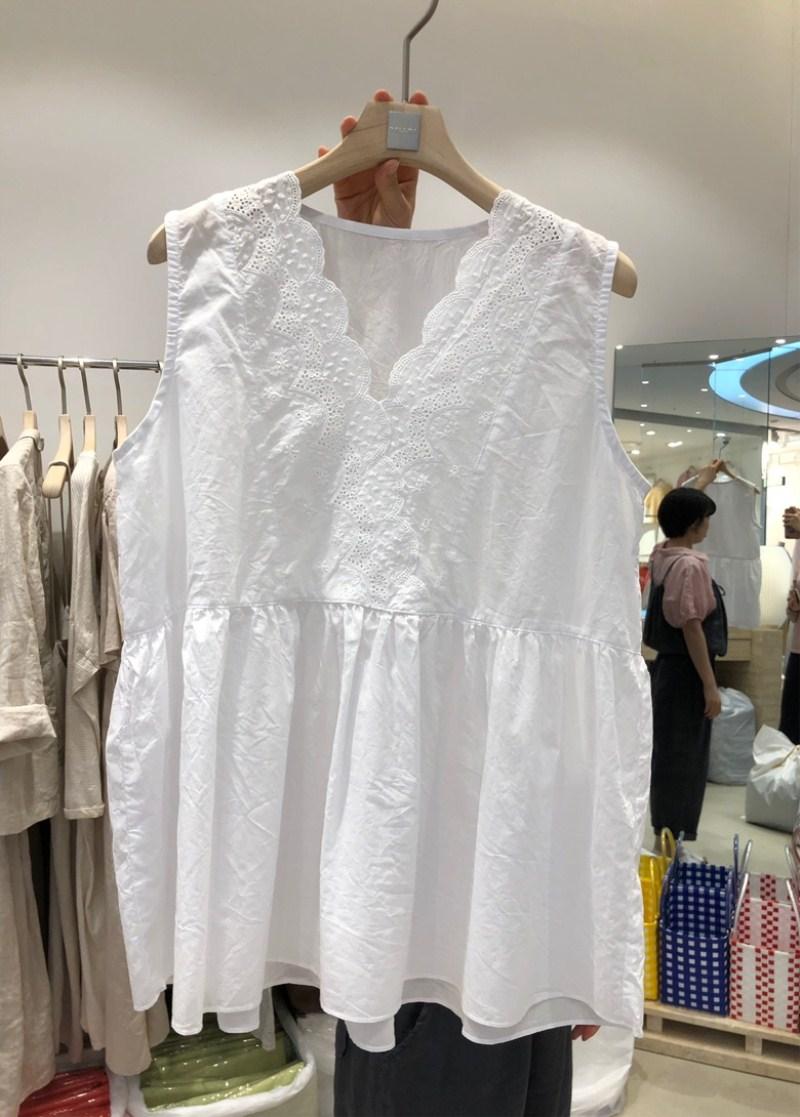 韩国东大门2021春夏新款镂空蕾丝衬衫宽松纯棉无袖娃娃衫上衣女
