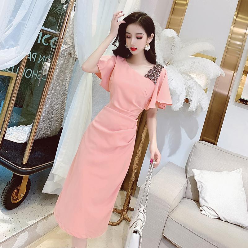 2020年新款女装短袖连衣裙夏季韩版小心机斜领镶钻包臀中长款裙子