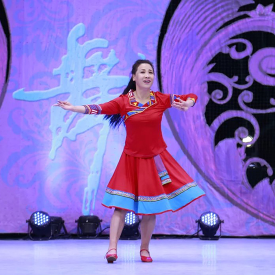 红草莞儿春夏广场舞服装新款 春英格格 藏族跳舞服套装新款35009