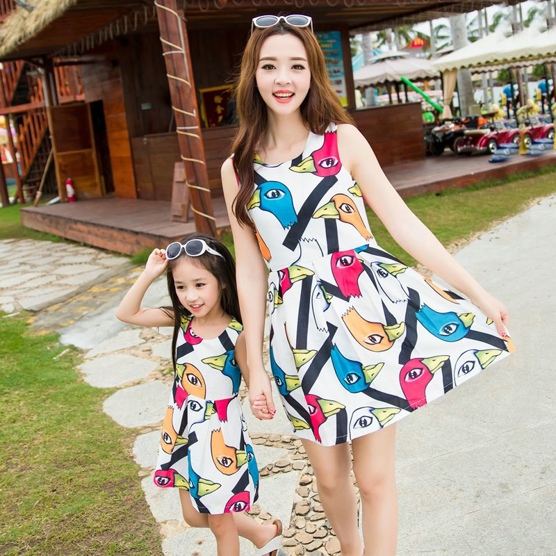 faee1260d6b Buy 2016 summer new fashion mother and daughter family fitted summer dress  princess dress korean ladies dress casual dress in Cheap Price on  m.alibaba.com