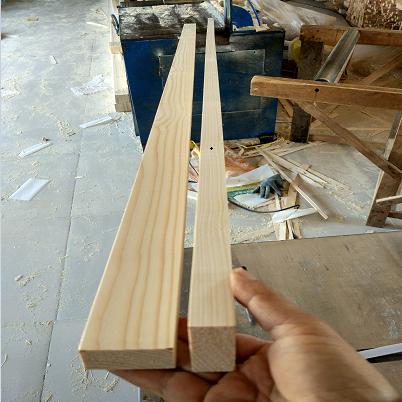 烘干刨光无醛吊顶进口芬兰白云杉松木条葡萄架门木方实木龙骨精品