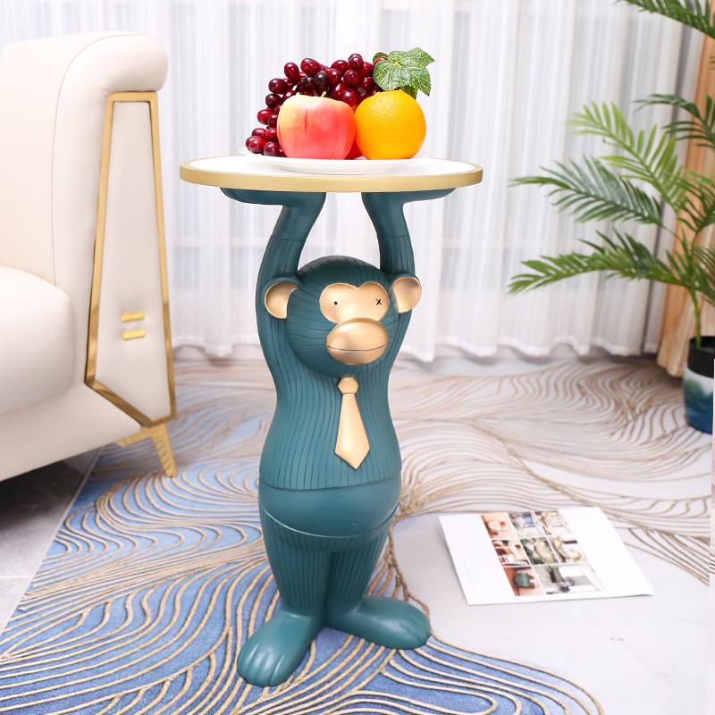 北欧轻奢客厅电视柜旁边落地摆件现代创意大号猴子托盘茶几装饰品
