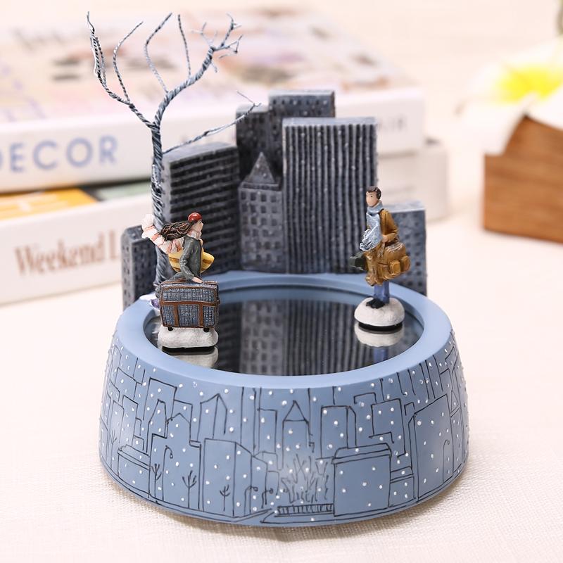 情人节精致创意礼品 520 情侣生日礼物水晶球音乐盒送女友老婆闺蜜