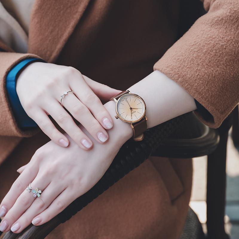 聚利时手表女简约气质学生韩版时尚款女表ins风防水女士日韩腕表