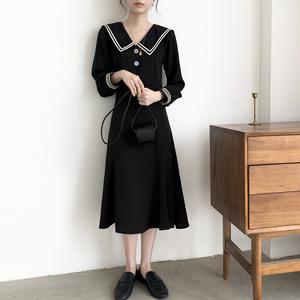 早秋装2019年新款法式赫本风小黑裙收腰显瘦连衣裙气质长袖裙子女