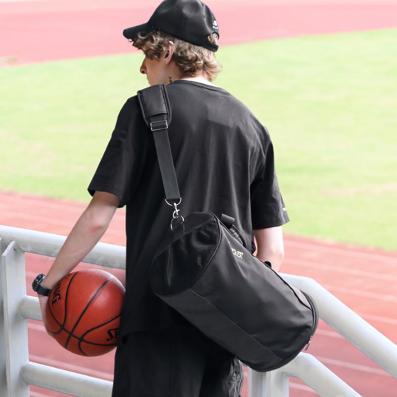 运动健身包男篮球训练包女行李袋干湿分离大容量单肩斜挎圆筒背包