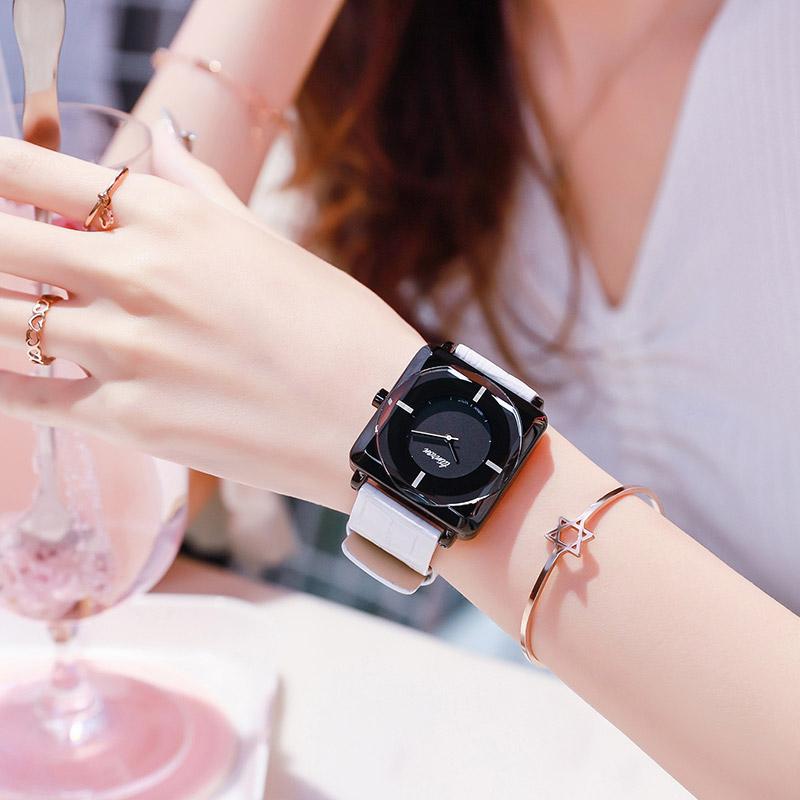 方形手表女学生韩版简约时尚潮流大气质石英白色休闲防水女士女表