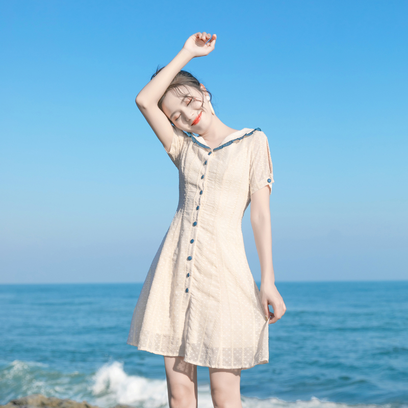 2021年夏天新款裙子小个子法式连衣裙女夏收腰显瘦复古气质闺蜜装