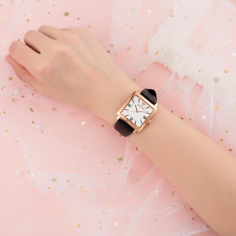 阿玛尼手表女 皮带小方表ins风复古皮带方盘女表正品AR11067