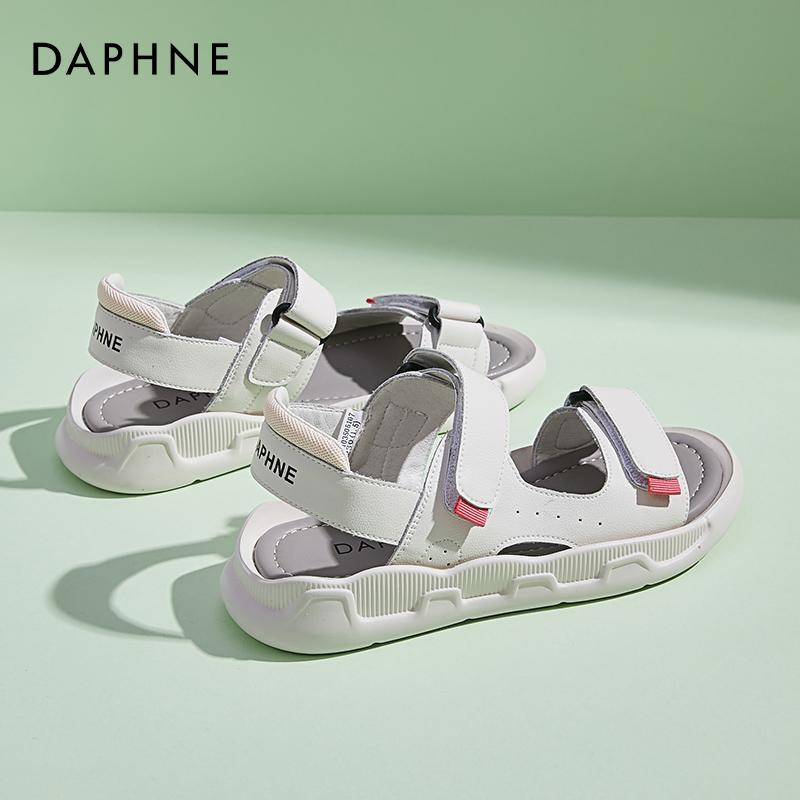 年新款软底真皮休闲女士孕妇沙滩凉鞋 2021 达芙妮运动凉鞋女夏平底