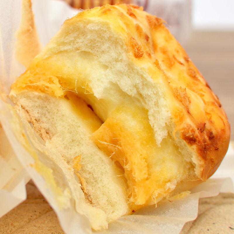 珍芙咸面包肉松夹心软面包营养早餐整箱休闲食品蛋糕懒人零食批发