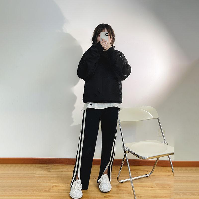 我是你的cc阿 舒适主义~  设计感侧条纹休闲裤女秋宽松阔腿裤卫裤