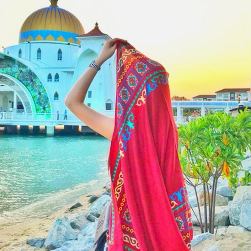 丝巾女夏季海边防晒披肩春秋围巾新款2019两用沙滩巾超大百搭纱巾
