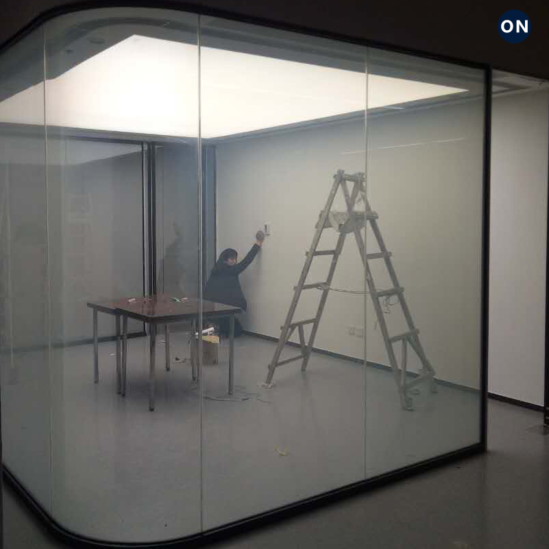 雾化通电玻璃智能调光液晶膜 电子电控变色膜办公室隔断电子窗帘