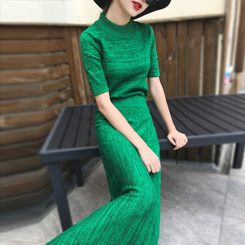 秋装女2019新款港味女神范气质显瘦镂空长款针织两件套时尚套装裙