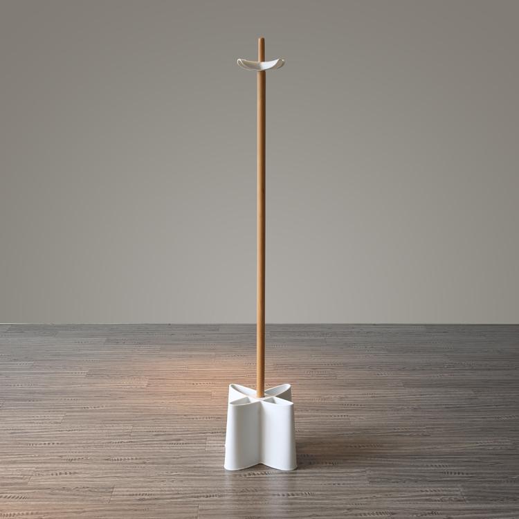 個性北歐丹麥多功能實木加塑料可移動創意臥室落地掛衣架衣帽架