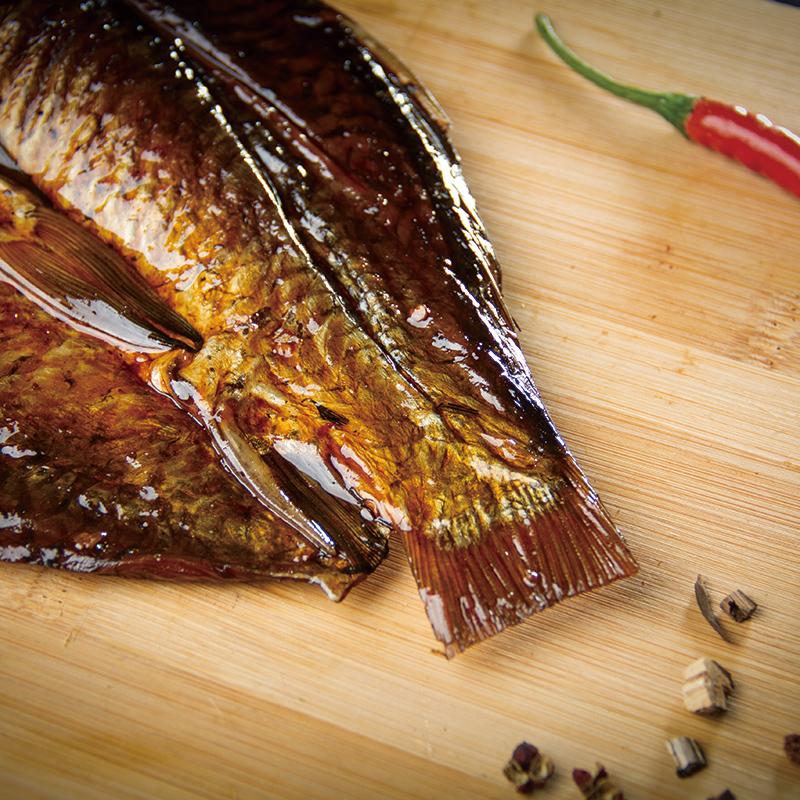 120g 酱板鲫鱼口水鱼即食休闲零食香辣味真空装小吃湖北特产洲上客