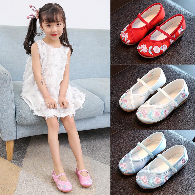 老北京儿童布鞋民族风绣花鞋学生鞋表演出舞蹈鞋女汉服国风公主鞋