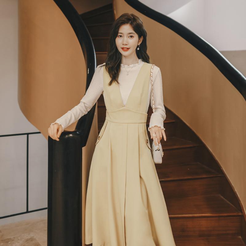 衣裙复古v领减龄裙子