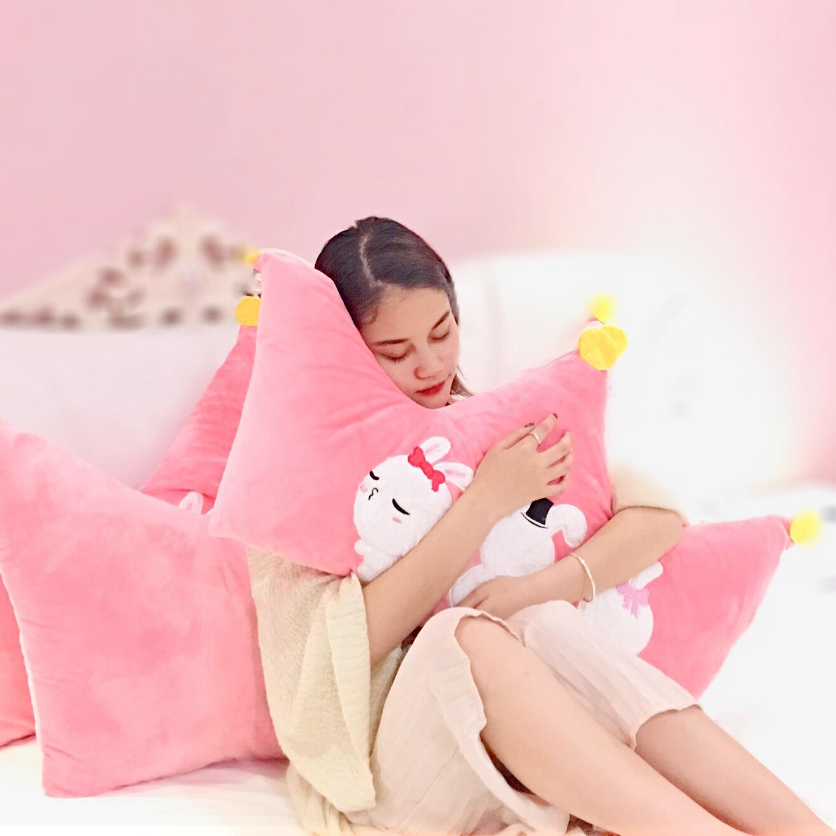 云朵抱枕ins可爱床头板软包布艺皇冠靠垫大靠背公主风床上靠枕头